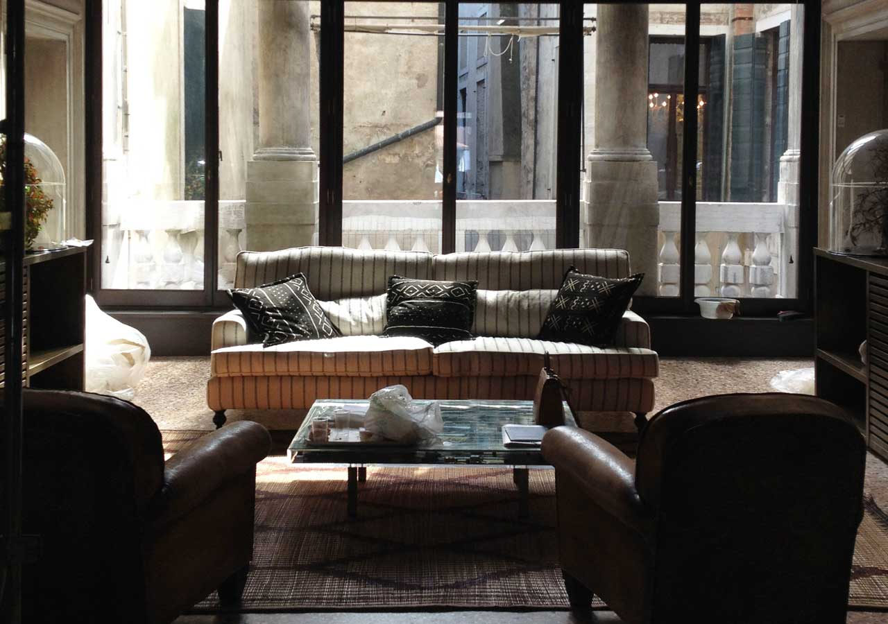 restoration project, venetian apartment